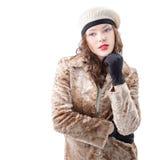 Красивая молодая женщина в пальто Стоковые Изображения RF