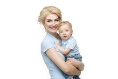 Красивая молодая женщина с малышом Стоковое Изображение
