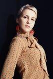 Красивая молодая женщина стоковая фотография
