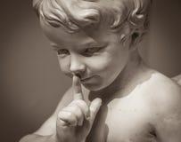 Красивая мраморная статуя ангела Стоковое Изображение RF