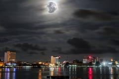 Красивая ноча на городе Labuan Стоковое Фото