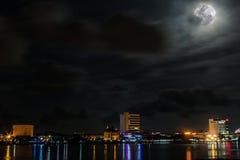 Красивая ноча на городе Labuan Стоковое фото RF