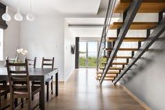 Красивая открытая идея квартиры пола Стоковые Фотографии RF