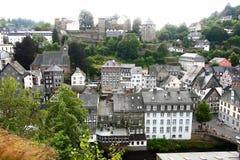 Красивая перспектива на деревне Monschau, Германии Стоковое фото RF