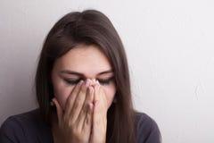 Красивая плача девушка стоковая фотография