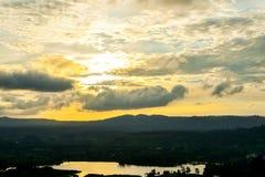 Красивая предпосылка природы sunrays Стоковое фото RF
