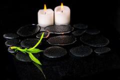 Красивая предпосылка курорта зеленых бамбука и свечей ветви на z Стоковые Изображения