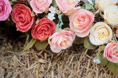 Красивая роза искусственных цветков стоковое изображение rf