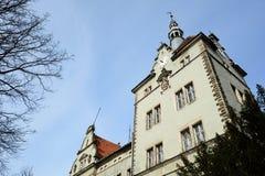 Красивая романтичная старая резиденция замка Стоковые Изображения RF