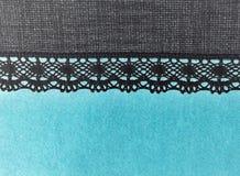 Красивая синь и серый цвет бирюзы мягкого света шнуруют кружевную текстуру предпосылки отрицательного эффекта нашивки Стоковые Изображения