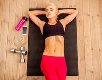 Красивая сильная спортсменка Стоковая Фотография
