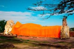 Красивая статуя Таиланд Будды Стоковые Изображения