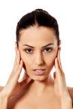 Красивая сторона молодой женщины с чистой свежей кожей Стоковые Фотографии RF