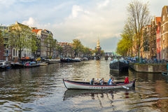 Красивая сцена канала Амстердама Стоковые Фотографии RF