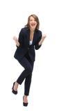 Красивая счастливая молодая бизнес-леди изолированная на белом backgroun Стоковые Изображения