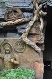 Красивая фотография ландшафта камень carvings восхитительный Деревянный высекать стоковая фотография