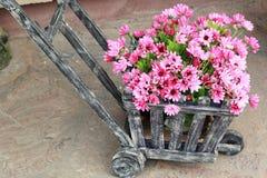 Красивая хризантема искусственных цветков Стоковая Фотография