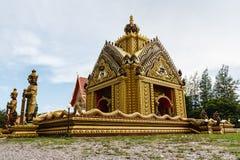 Красивая церковь висков стоковое фото rf
