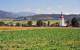 Красивая церковь в горах Tatras, Liptov стоковая фотография rf