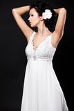 красивейшая белизна венчания девушки платья невесты Стоковые Фотографии RF