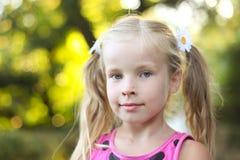 красивейшая белокурая девушка немногая Стоковые Фотографии RF