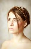 Красивейшая белокурая женщина с оплеткой Стоковые Изображения RF