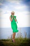 красивейшая белокурая женщина стоковые фотографии rf