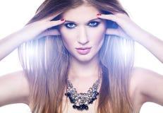 Красивейшая блондинка в ярком свете Стоковые Фотографии RF