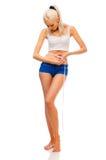 красивейшая блондинка ее измеряя шкафут Стоковые Фотографии RF