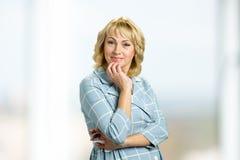 красивейшая возмужалая женщина портрета стоковая фотография rf