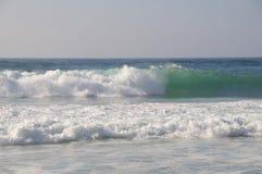 красивейшая волна стоковая фотография rf