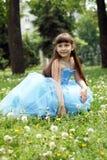красивейшая голубая девушка платья Стоковое Изображение RF