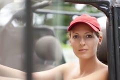 красивейшая девушка автомобиля Стоковое Изображение
