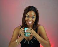 красивейшая девушка кофе 2 предназначенная для подростков Стоковое Фото