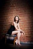красивейшая девушка стула Стоковое фото RF