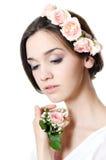Красивейшая девушка с цветками в волосах Стоковое Изображение RF