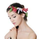 Красивейшая девушка с цветками в волосах Стоковая Фотография RF