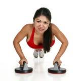 красивейшая делая женщина pushups Стоковые Фото