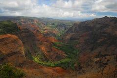 красивейшая долина Гавайских островов стоковое изображение rf