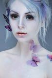 красивейшая девушка бабочки Сторона красотки Стоковая Фотография RF