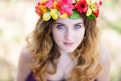 Красивейшая девушка в пуще Стоковые Фото