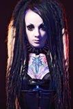 Красивейшая девушка демона с подбитыми глазами Стоковое фото RF