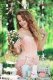 красивейшая девушка outdoors Стоковая Фотография RF
