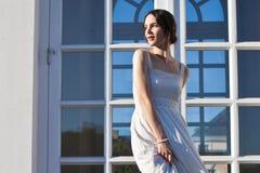 Красивейшая женщина в платье сбора винограда Стоковые Изображения RF