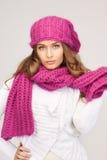 красивейшая женщина зимы шлема Стоковые Изображения RF