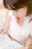 красивейшая женщина книги Стоковая Фотография RF