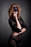 красивейшая женщина маски шнурка Стоковое фото RF