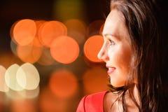 красивейшая женщина портрета вечера Стоковые Изображения