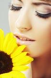 красивейшая женщина солнцецвета Стоковое Изображение RF