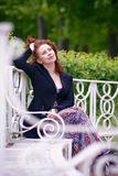 красивейшая женщина стенда Стоковые Фото